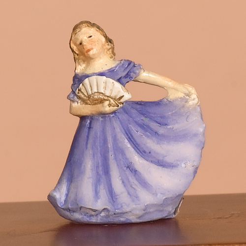 2588 - Ornamental Lady in Blue