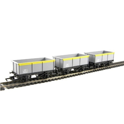 Hornby R6483 - 16t mineral wagon in engineers Dutch livery - pack of 3 - 00 Gauge