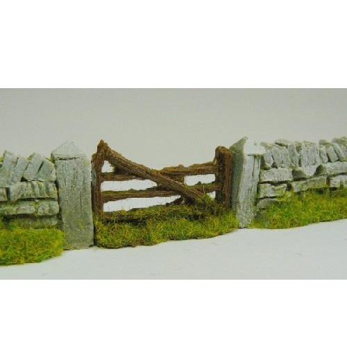 JavisPF3 - Rough Country Farm Gate - 00 Gauge
