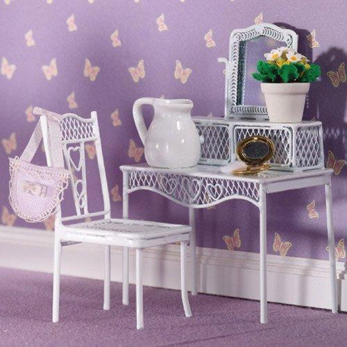 4383 - Pretty Hearts Chair
