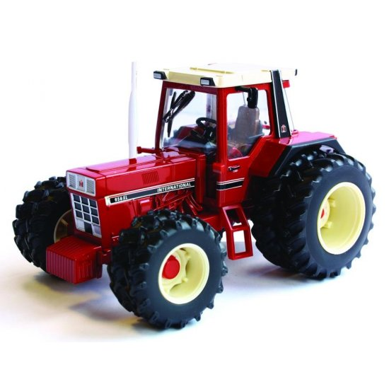 Britains 42802 - International 956XL Tractor with Twin Wheels - Scale 1.32