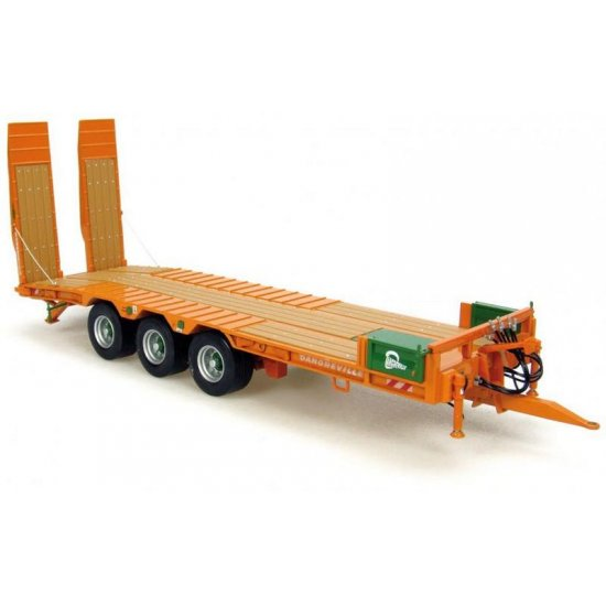 Universal Hobbies 2842 - DANGREVILLE RAMPED BACK TRAILER   1-32