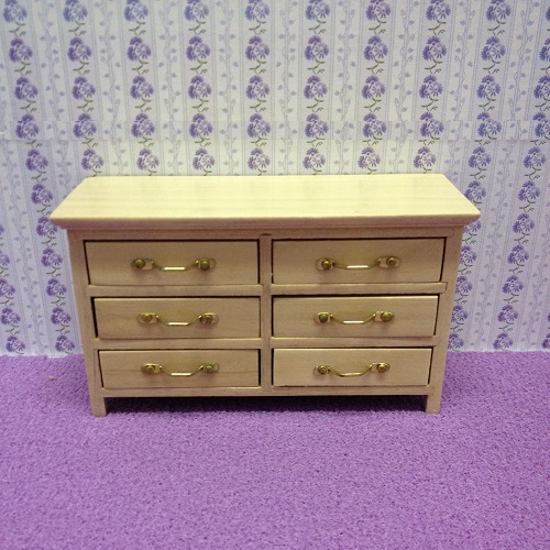 DH 3587 - Cherry Pine Chest of Drawers -