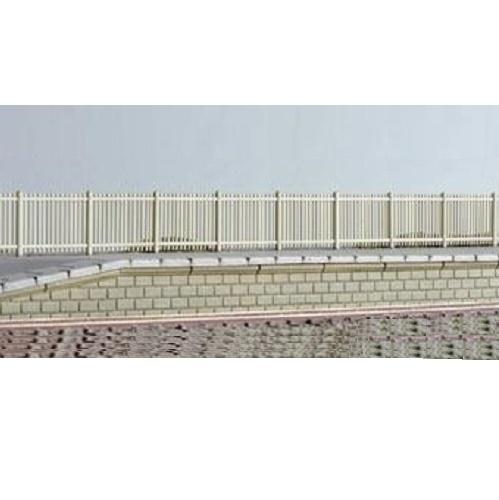 Ratio 432 - Precast Concrete Pale Fencing