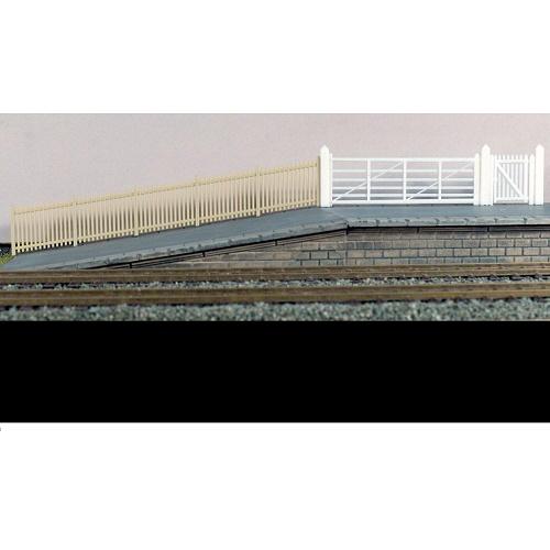 Ratio 432A - Precast Concrete Pale Fencing  (gates & ramps).