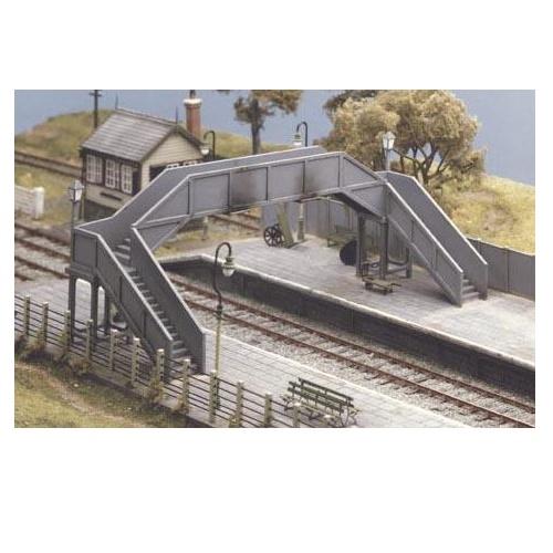 Ratio 517 - Concrete Footbridge