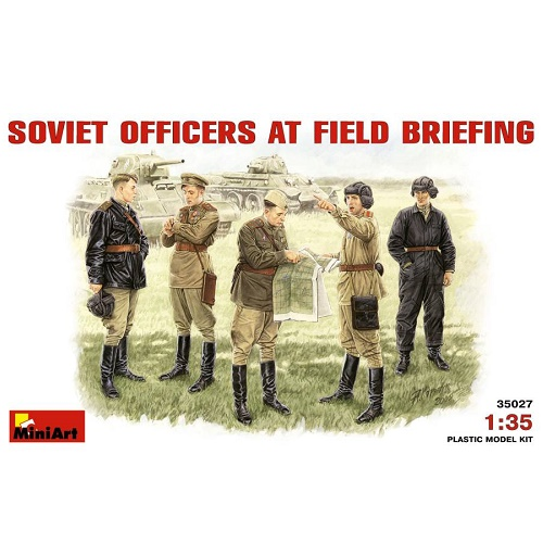 MiniArt 35027 - Soviet Officers at Field Briefing - Scale 1.35